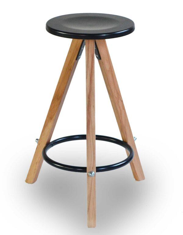 Σκαμπό από ξύλο και μέταλλο Στο ύψος και στα χρώματα της επιλογής σας Το κάθισμα μπορεί να είναι από δερματίνη, ύφασμα η ξύλο!
