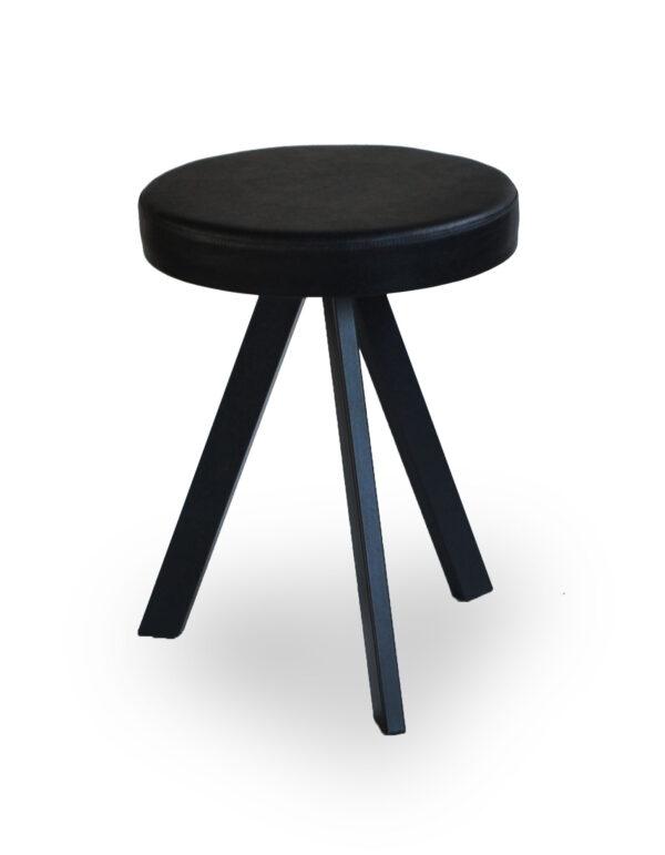 Μεταλλικό σκαμπό χαμηλό  Στο ύψος και στα χρώματα της επιλογής σας Το κάθισμα μπορεί να είναι από δερματίνη, ύφασμα η ξύλο!