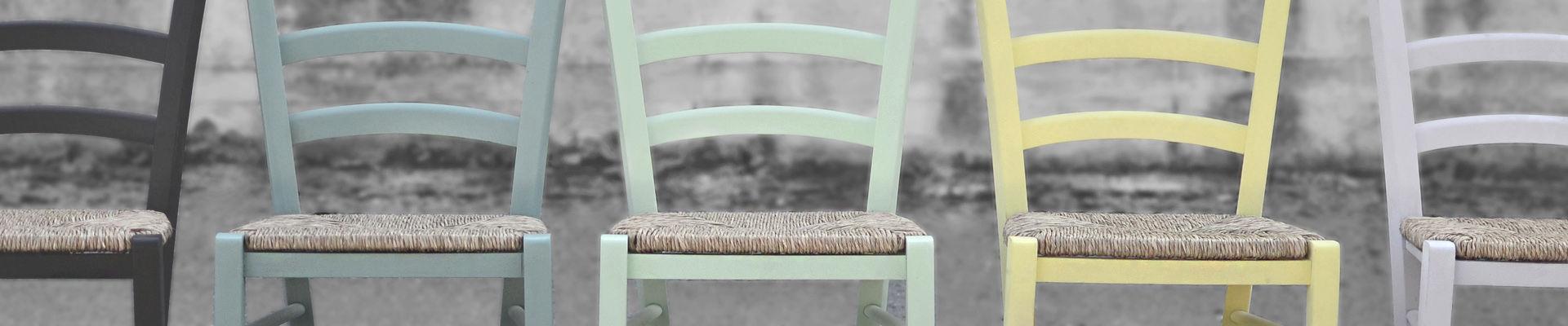 colour chair b&w2