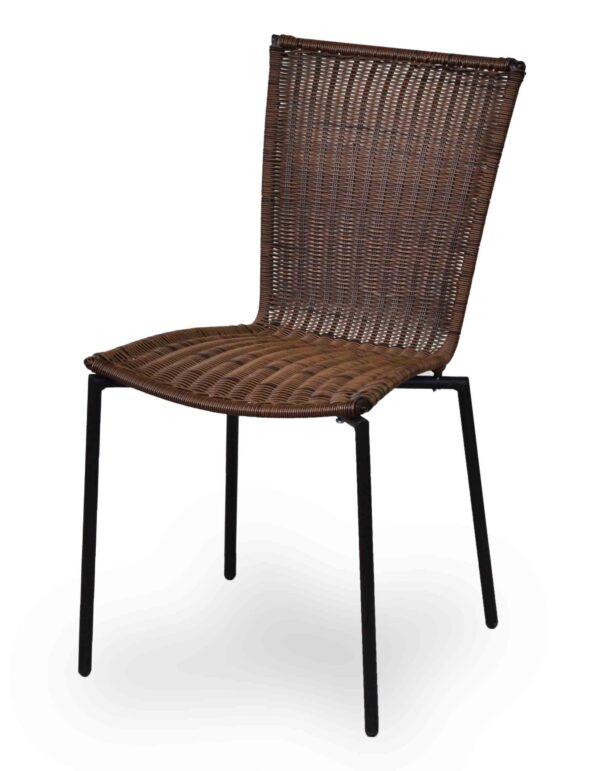 Καρέκλα για εξωτερικό χώρο Μεταλλικός σκελετός με επένδυση απο rattan