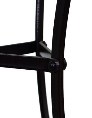 Τραπέζι για εξωτερικό χώρο Μεταλλική κατασκευή με ηλεκτροστατική βαφή Η επιφάνεια ειναι από λαμαρίνα σε διάσταση Φ 60 ή Φ 70
